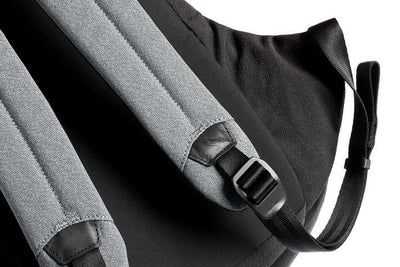 Bellroy Classic Backpack - Ash bærestropper detalj