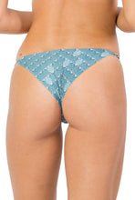 Isla Romantic Adjustable Bottom
