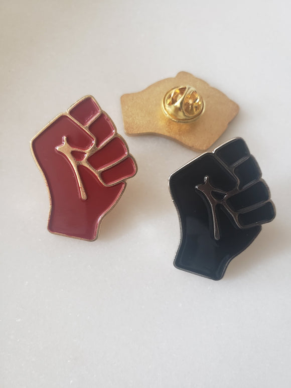 Pin Powerfist