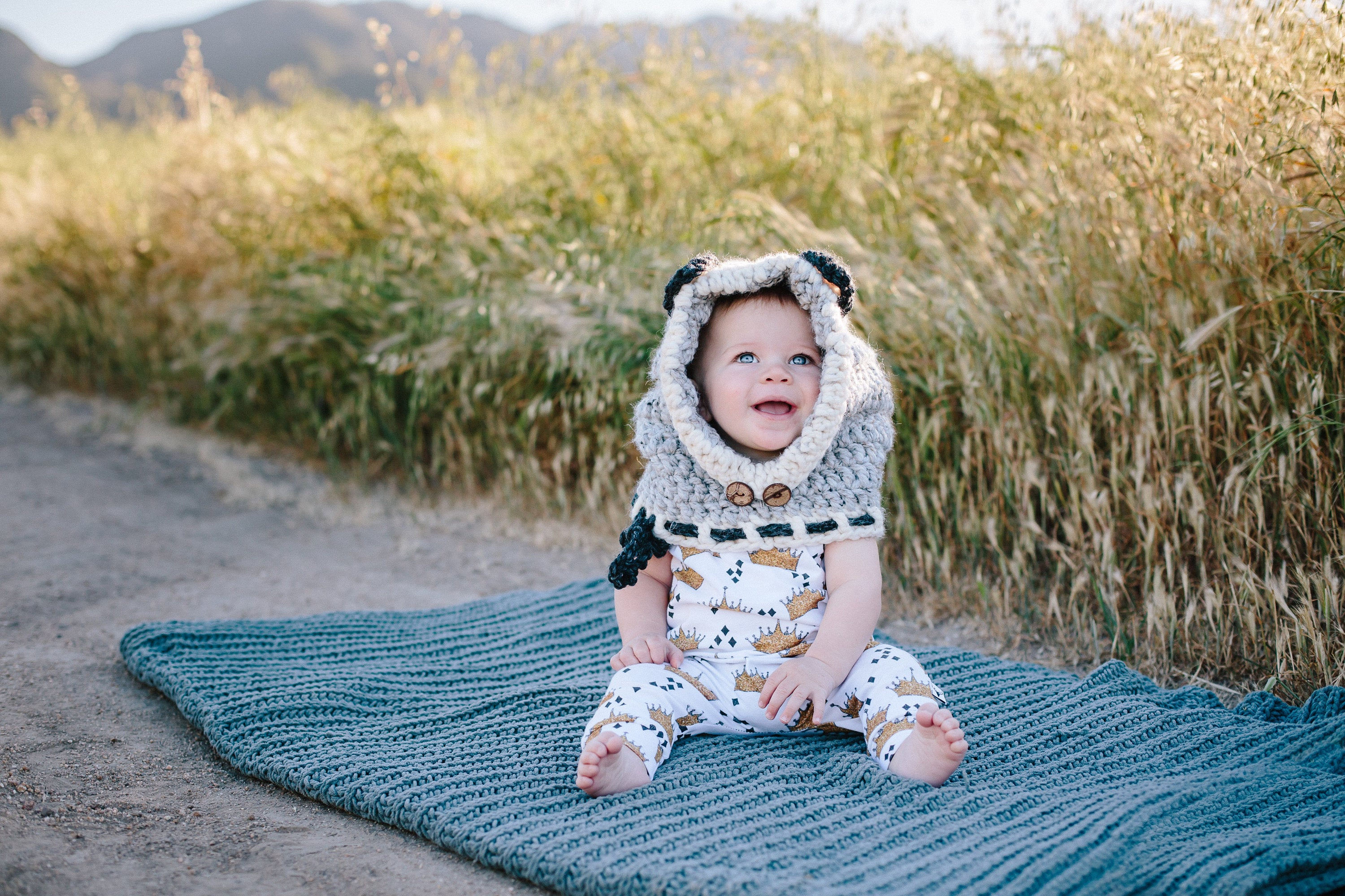 Where the Wild Things Are Crown Pattern Romper/Dress/Hoodie, Little Boy Wearing Romper Sitting On A Blanket