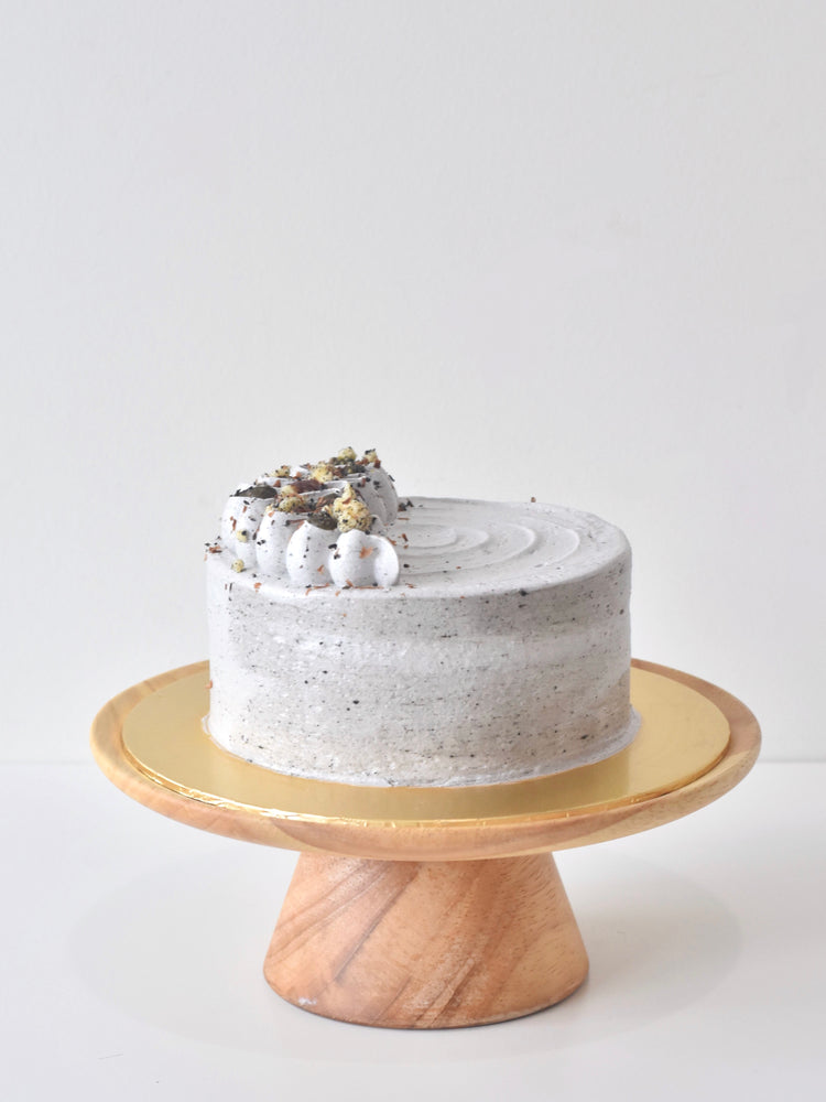Roasted Black Sesame Hojicha Fresh Cream Cake