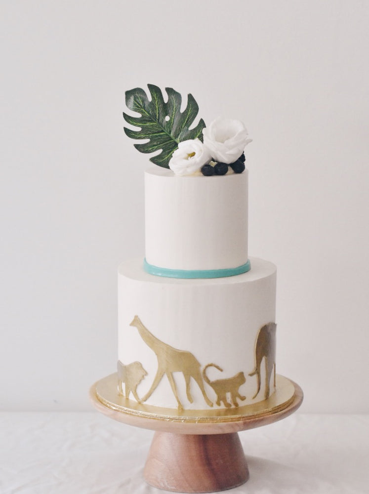 Online Minimalistic White and Gold Safari Cake | Cakes. Sweets. Dessert Bars- Zee & Elle