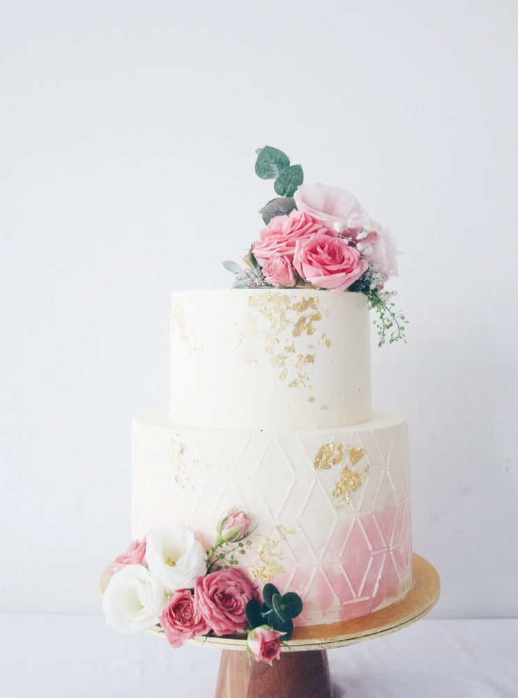 Pretty in Pink Floral Cake | Zee & Elle Singapore