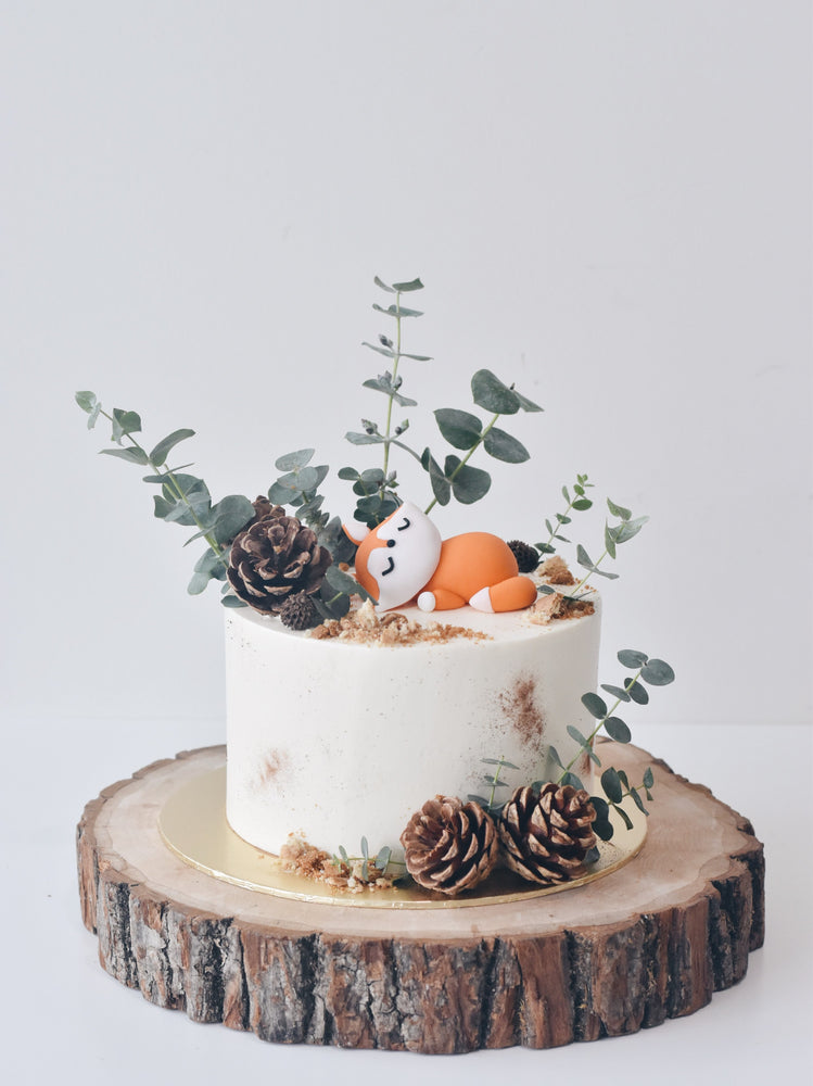 Rustic Sleepy Fox Cake Singapore - Zee & Elle