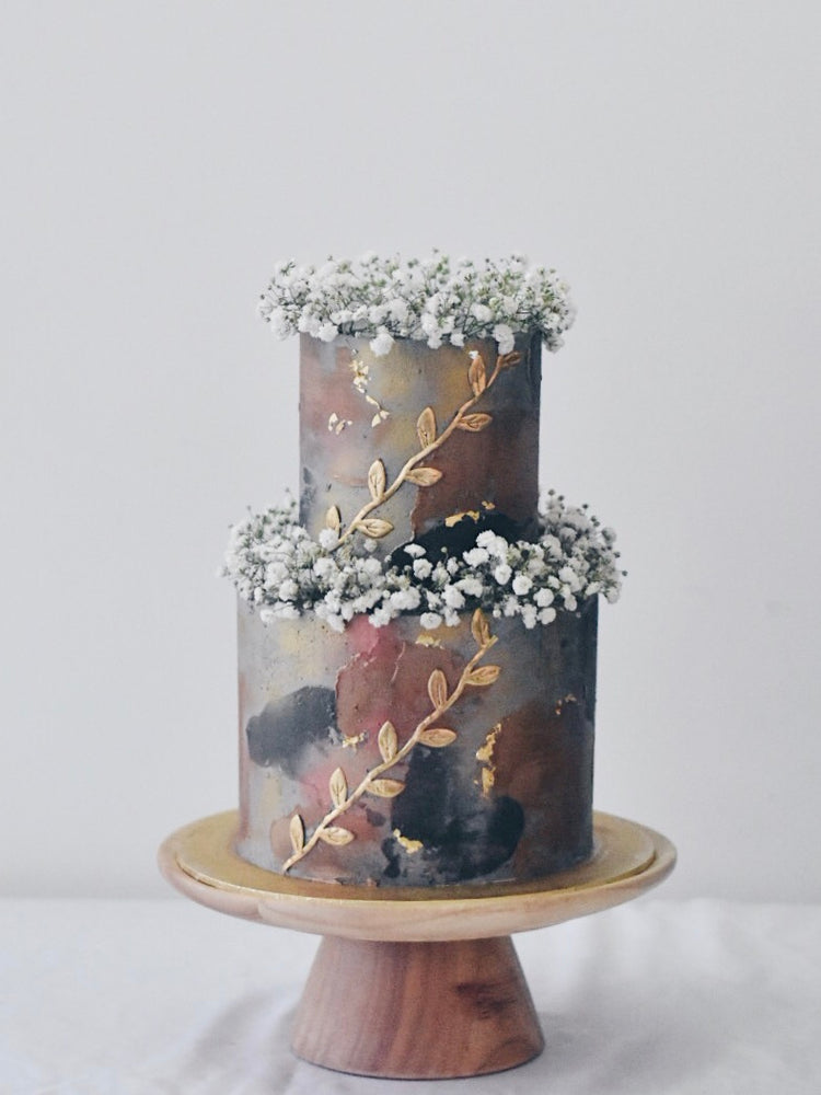 Online Rustic Textured Gold Baby Breath Cake |  Cakes. Sweets. Dessert Bars- Zee & Elle