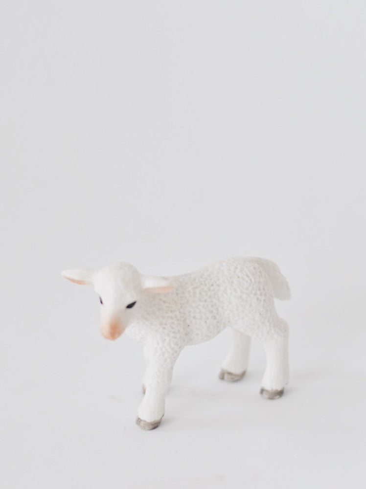 Minimalistic Toy Sheep Cake Topper