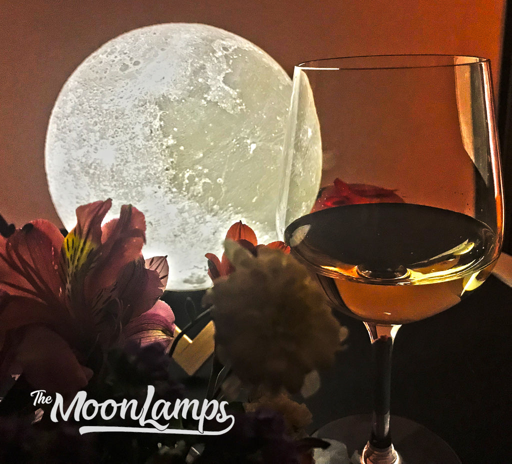 Moon Lamps - The Light of Romance