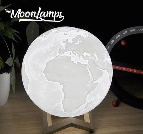 3D Printed Earth Lamp