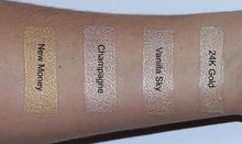 Swatches gouden highlighters - AIM Sparkle