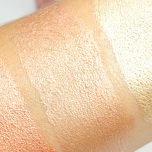 Angel Liquid highlighter AIM Sparkle swatch