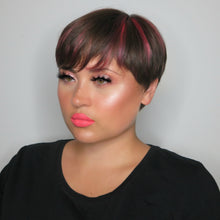 AIM Sparkle highlighter No Shame makeup look