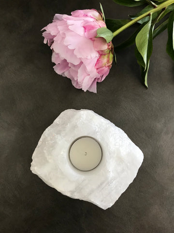 Snow Quartz Tea-light Holder