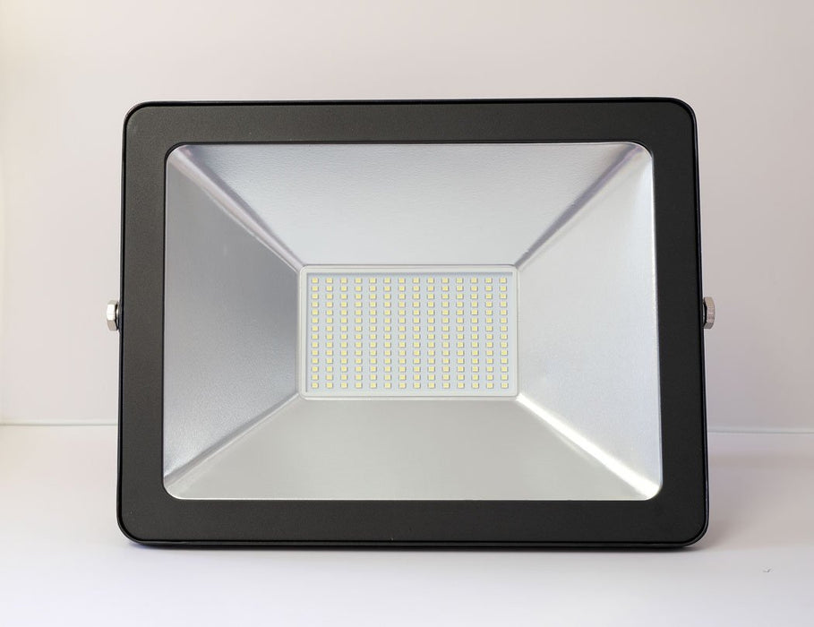 100W LED Floodlight from the Batteryworldshop.com