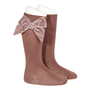 Knee High Velvet Bow Socks - Prailine