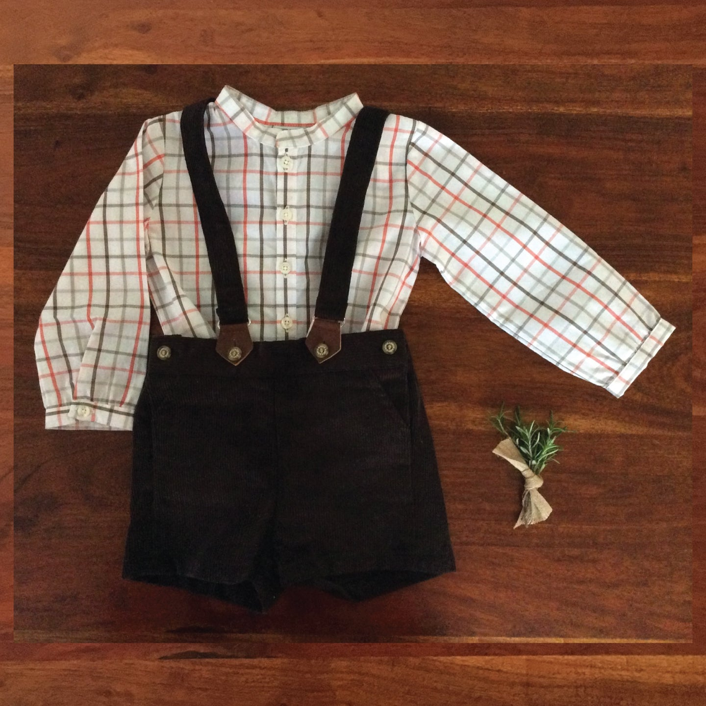 Baby boy chocolate corduroy shorts with detachable suspenders