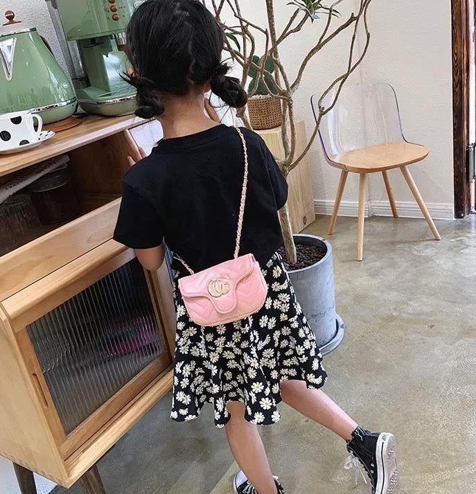 Kids luxury pocketbook