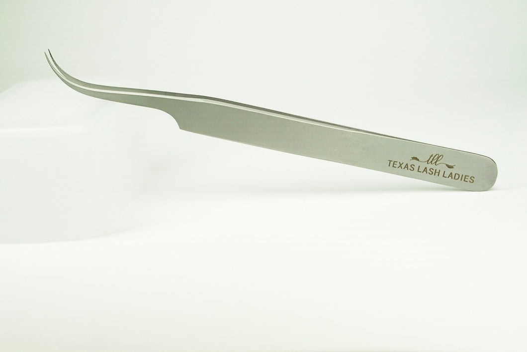 Curved Volume Tweezer