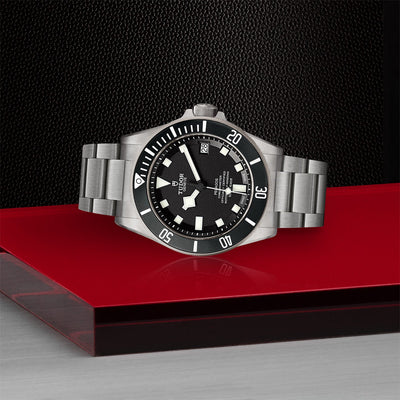 TUDOR Pelagos LHD - watch on side