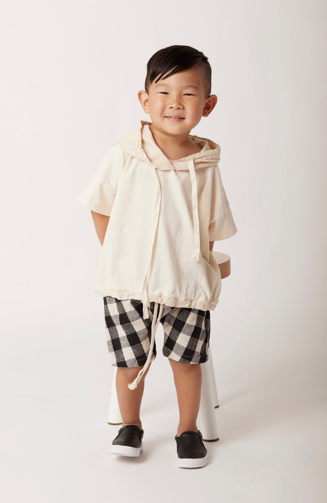 bailey short sleeve hoodie made of cotton jersey with contrast woven hood, sleeves and bottom binding