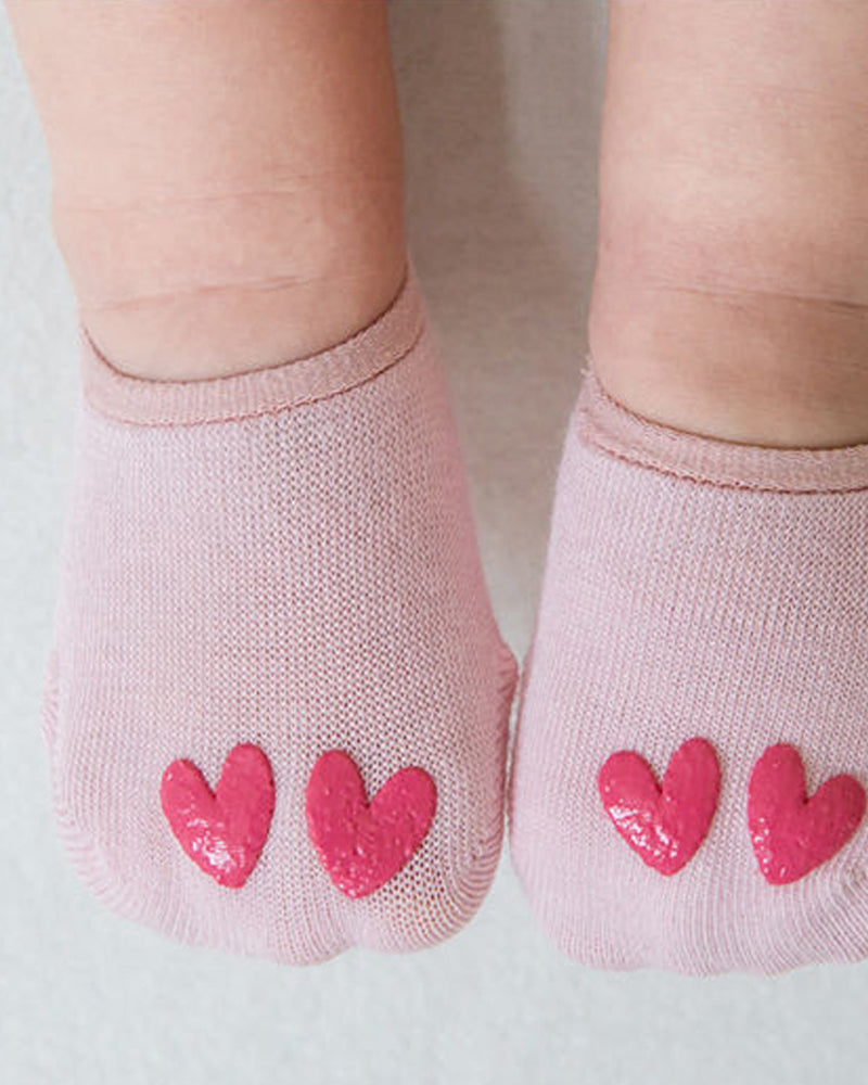 Summer ankle socks with double heart details at the toes in pink