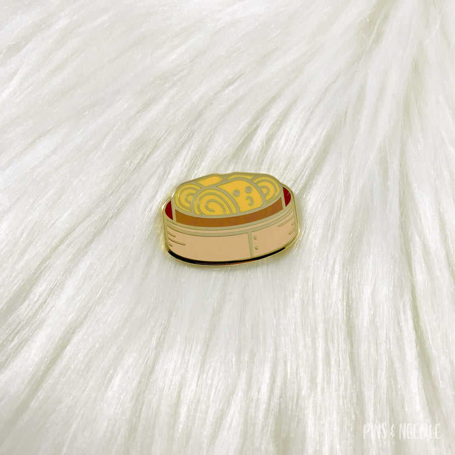 Custard Roll Sponge Cake - Hard Enamel Pin