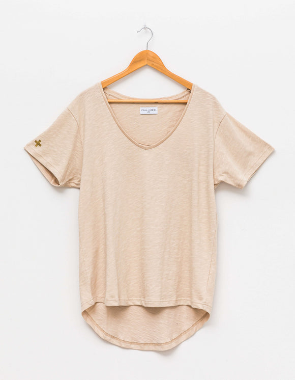 STELLA&GEMMA Frosted Almond Cali V-neck