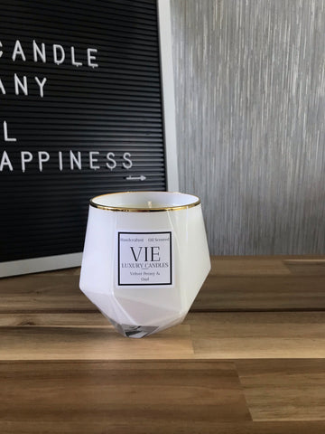 VIE White Picasso Candle