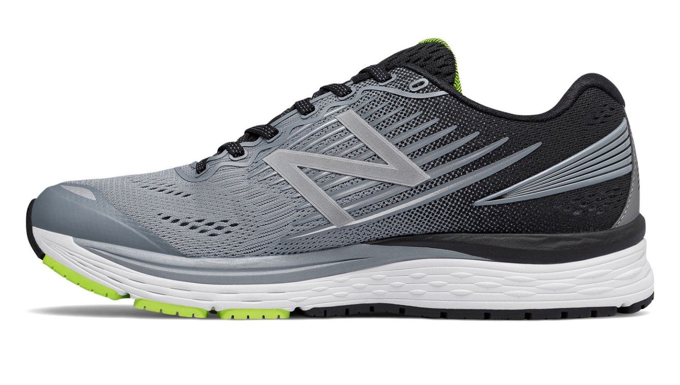 New Balance Men's M880GY8 Running Shoe Grey with Black 880v8