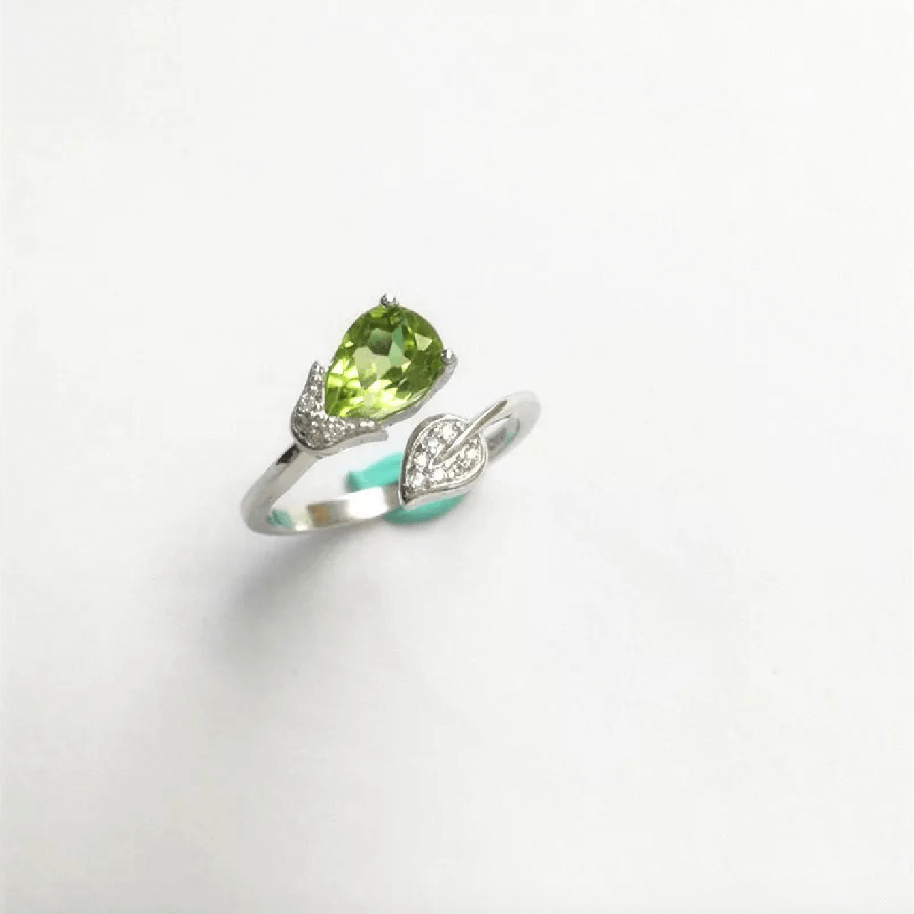 Peridot ring StarryStone Green Jewellery