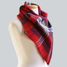 Load image into Gallery viewer, WHOLESALE Bendigo - 100% Wool Bandana Scarf