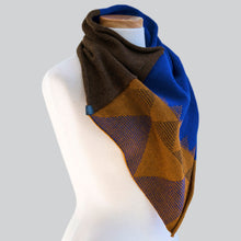 Load image into Gallery viewer, Bundaberg - 100% Wool Bandana Scarf