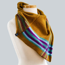 Load image into Gallery viewer, Darwin - 100% Wool Bandana Scarf