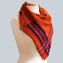 Load image into Gallery viewer, Karlu Karlu - 100% Wool Bandana Scarf
