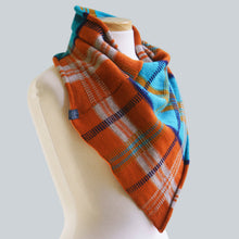 Load image into Gallery viewer, Renmark - 100% Wool Bandana Scarf