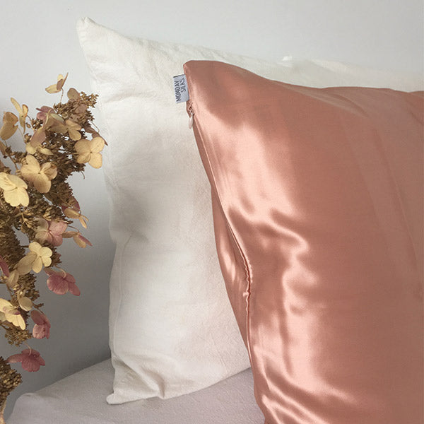 Rose Gold silk pillowcase in NZ