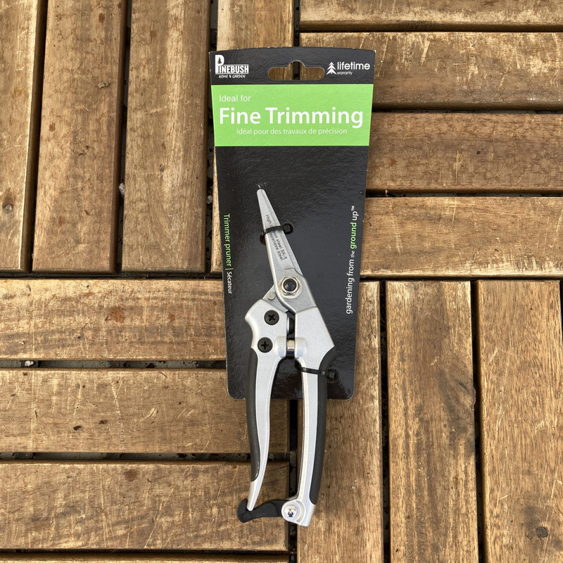 Snips for Fine Trimming