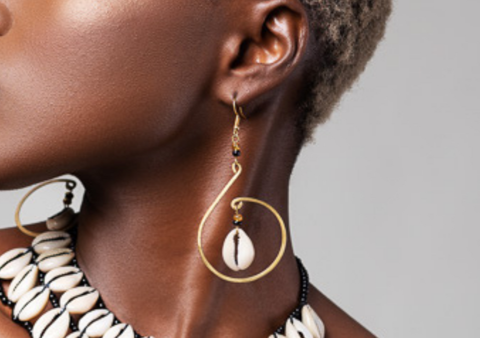 Mombasa Cowrie Shell Earrings - KENDI AMANI