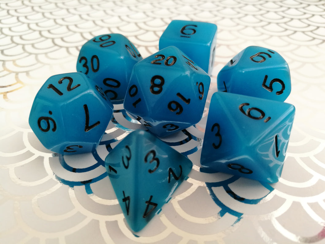 Glow in the Dark Dice Set