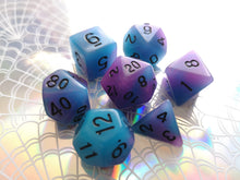 Blue/Purple Dual Coloured Glow in the Dark Dice Set