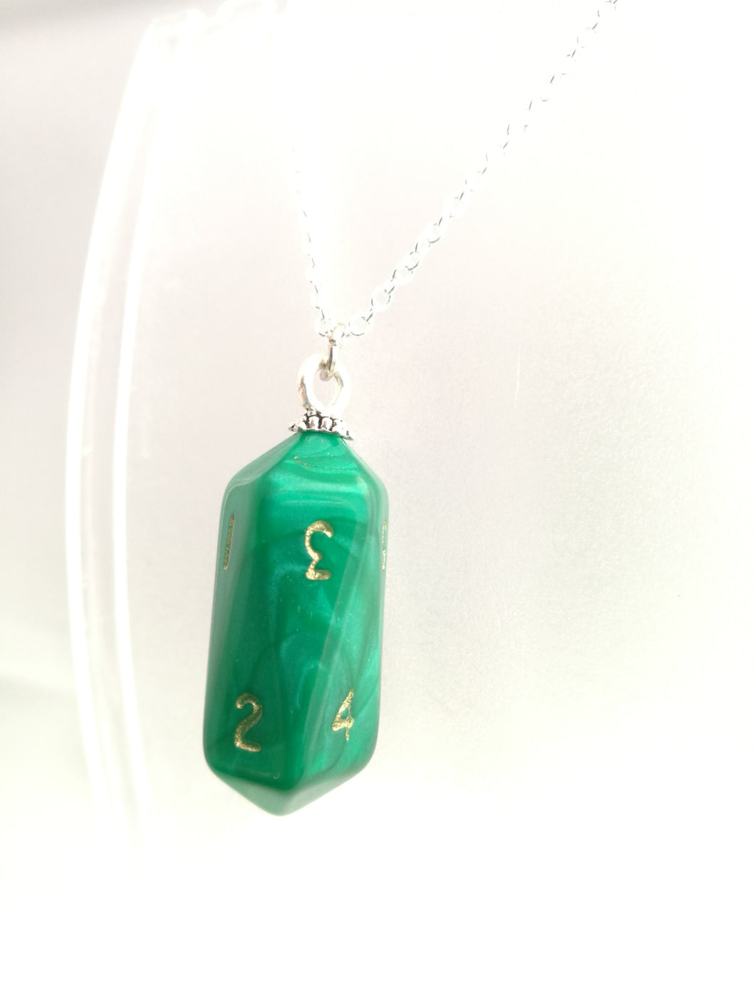 Green Pearl Crystal Caste D10 Necklace
