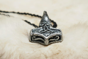 Mjolnir Thor Hammer Pendant Raven Norse Mythology Viking Necklace Celctic Knot Choker Pewter Resin Charm Pagan Witch Wicca