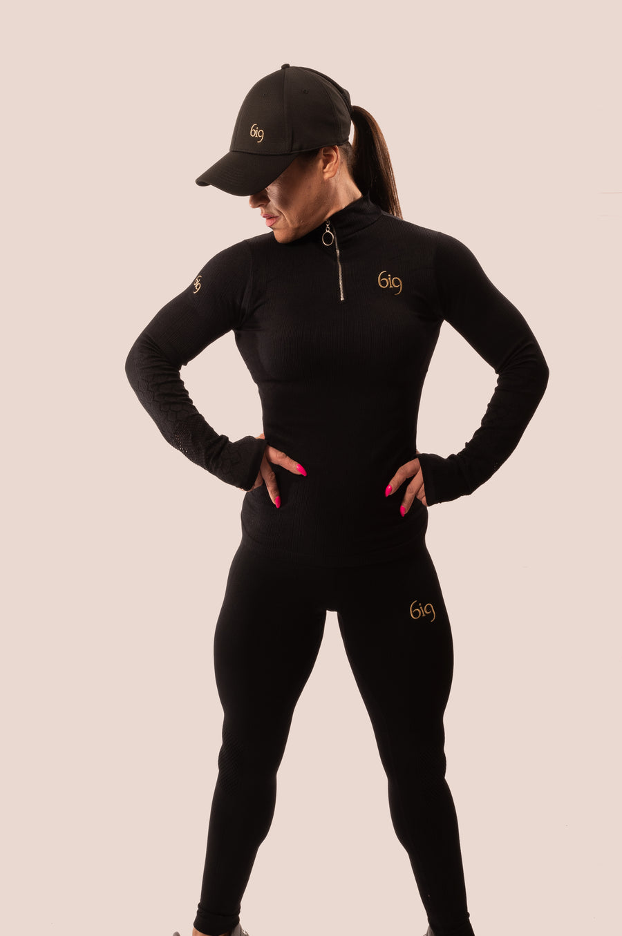 Black & Gold 1/4 Zip Jersey - BIG Gymwear Ltd