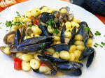 Load image into Gallery viewer, FRESH - Mussels - PEI- 5 lb