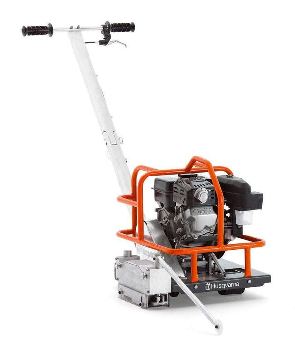 "Soff Cut 150 Husqvarna Concrete Saw with Free FLX 6"" Blade"