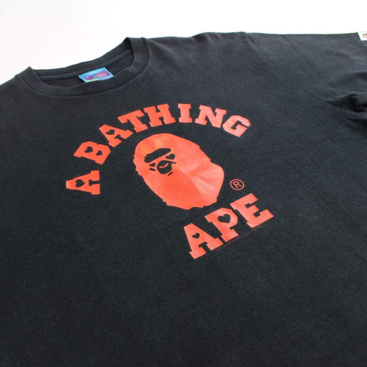 bape valentine hearts college logo tee - SaruGeneral