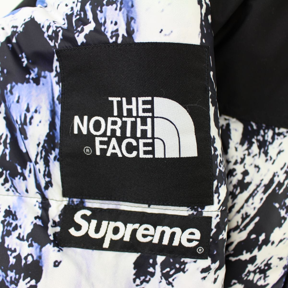 Supreme x TNF Moutain Nupste - SaruGeneral