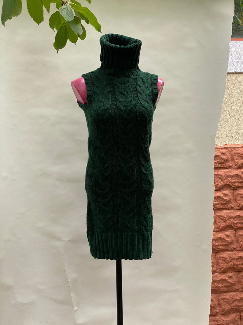 Green dress, size S