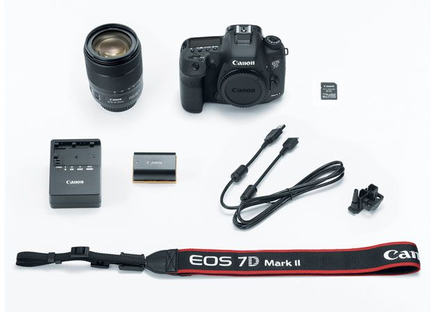 Canon EOS 7D Mark II EF-S 18-135mm F3.5-5.6 IS USM Wi-Fi Adapter Kit