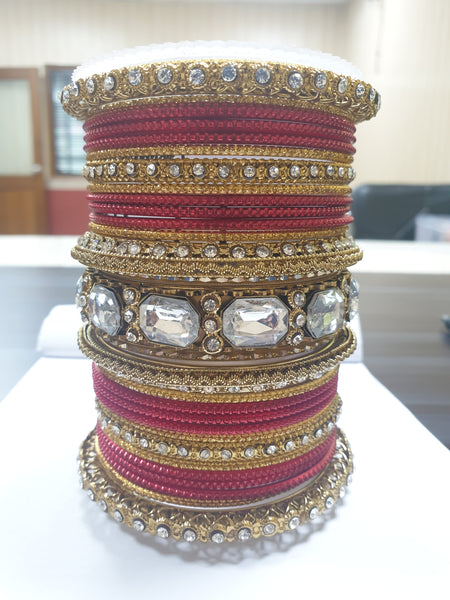 Beautiful Colored Bangle Set With Big Kundan Stone