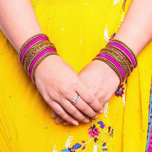 Low Cost Shinning Bangle Set